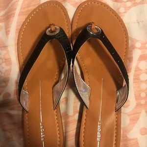 *Brand New* tags still on black sparkly sandal